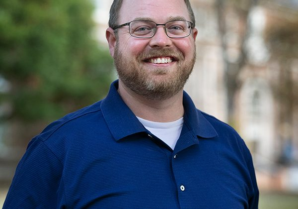 photo of Jeff Plumlee is a graduate student within UNC-CH's Environment, Ecology and Energy Program (E3P) and a member of the Fodrie lab